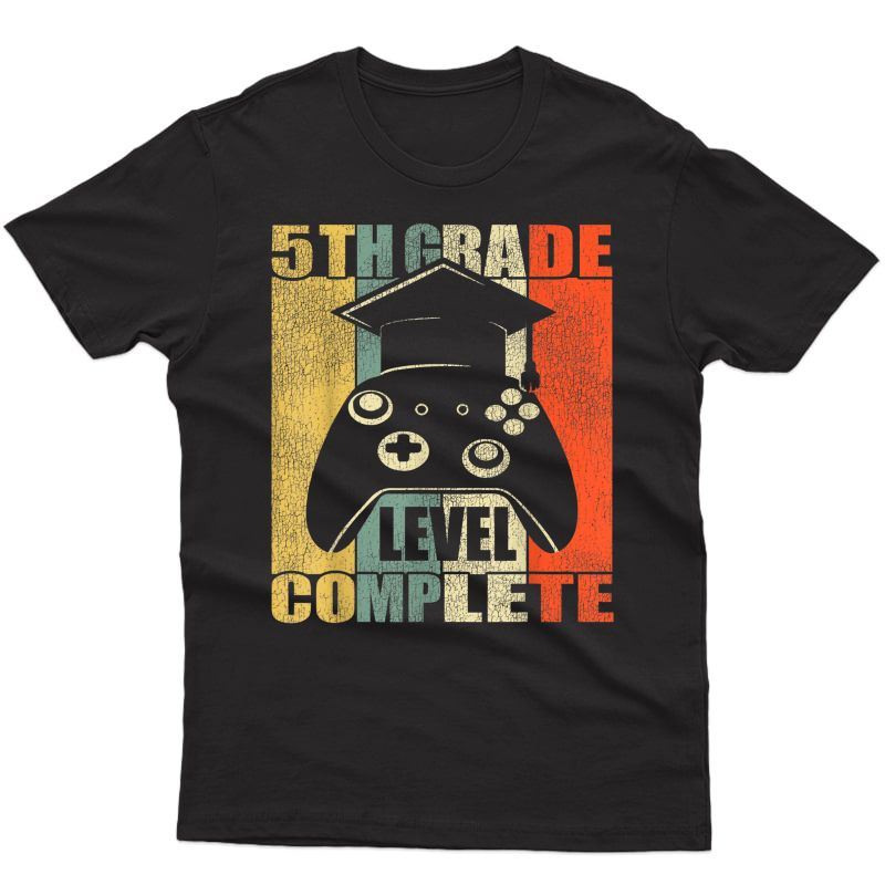 5th Grade Level Complete. Gamer Class Of 2021 Graduation T-shirt